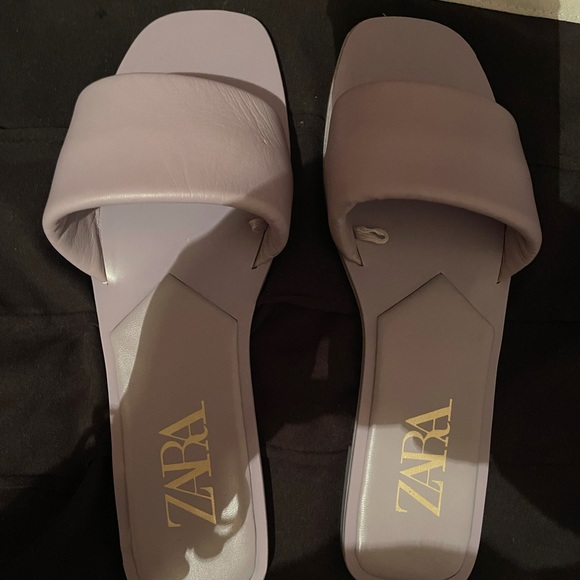 Brand new lavender slides without tags.